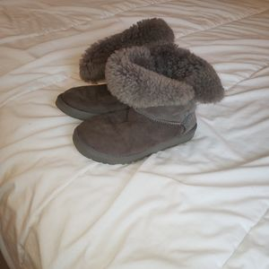 Size 6 ugg Australia boots